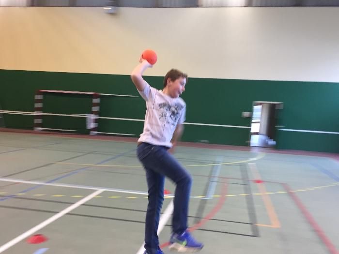 cycle-hand-ball-5